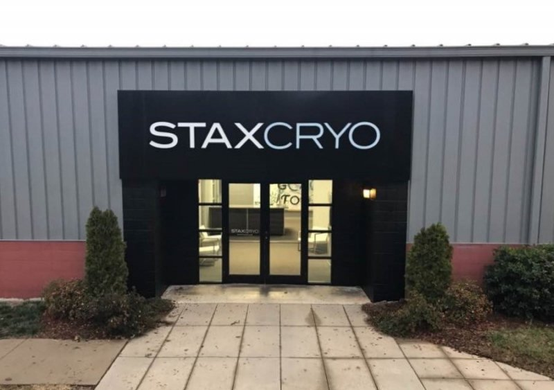 Stax Cryo Sign
