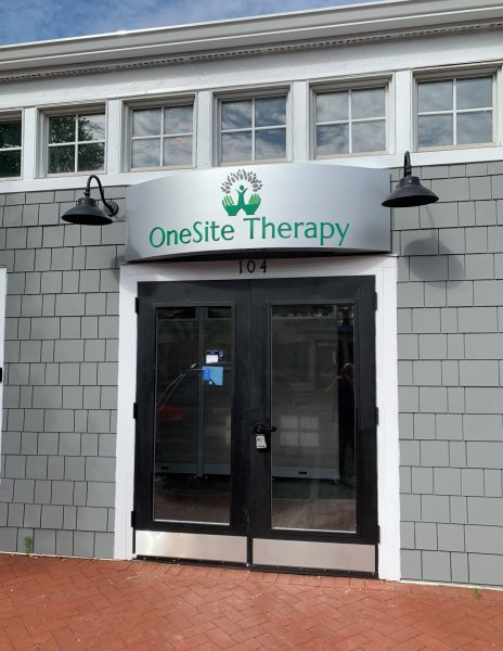One Site Therapy of Charlotte - Curved Cabinet Sign