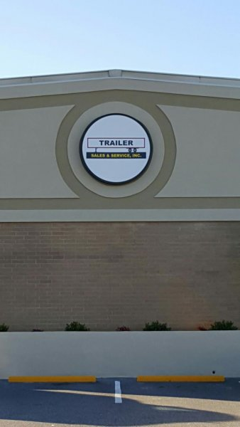Circular Lightbox Sign for Trailer Sales and Services, Inc. in Newton, NC