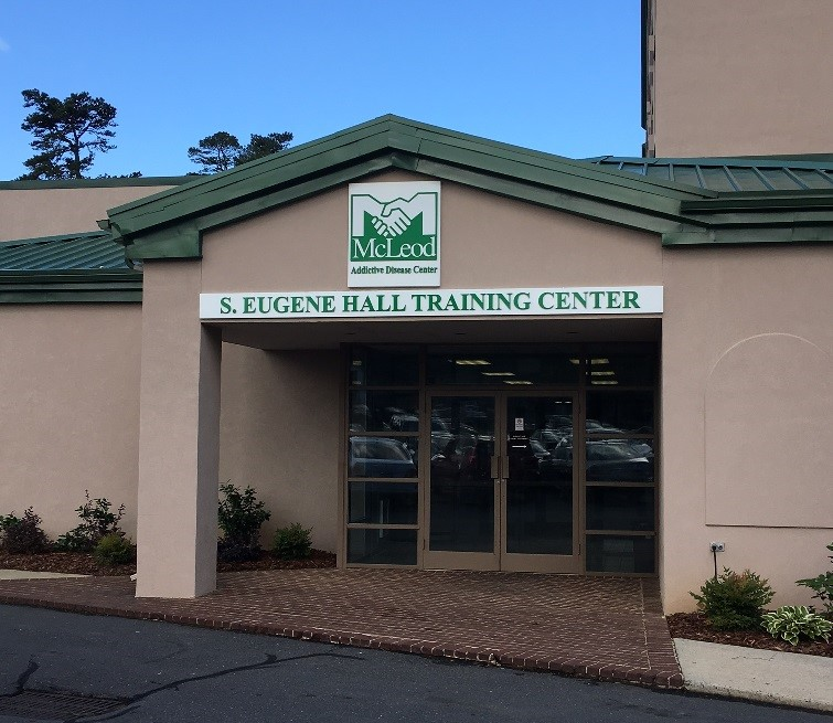 exterior signs, signs charlotte, signs nc, business signs, building signs, custom painted signs, custom signs, external signs, non lit signs, dimensional letters, logo signs, business signage, signs nc, aluminum pan signs, pan signs, pan signs charlotte, signs charlotte nc, sintra letters,